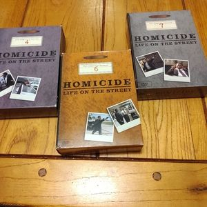 Homicide life on the street box sets